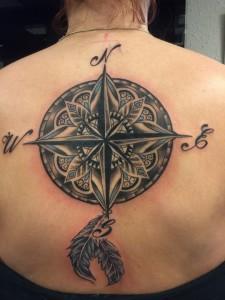Tattoo rozenkrans rug Frank