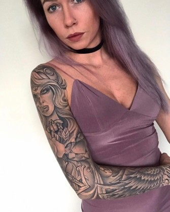 Sleeve tattoo girl